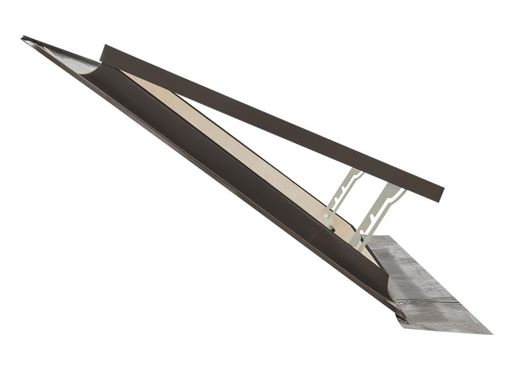 Lucernario finestra per accesso al tetto classic for Misure lucernari per tetti